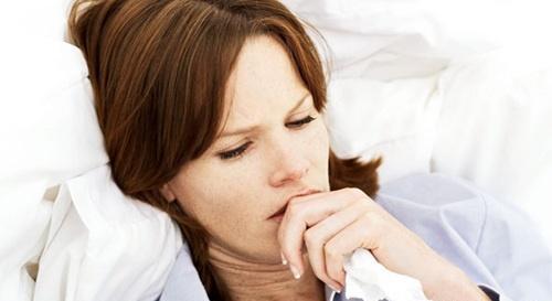 喉咙痒一直咳嗽_喉咙痒咳嗽怎么办