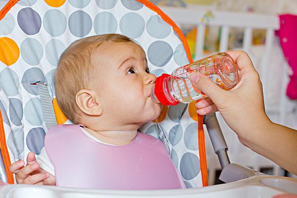 宝宝喝水不是简单的事!