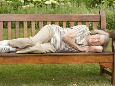 老人經常失眠 不妨試試酸棗仁粥