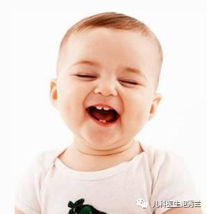 做鬼脸   尽可能的给宝宝做可爱