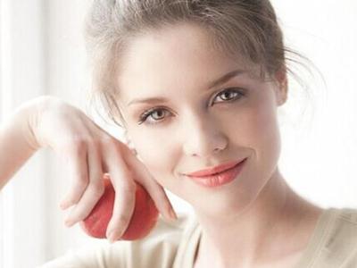 春季女性如何护肤?需做好以下三方面