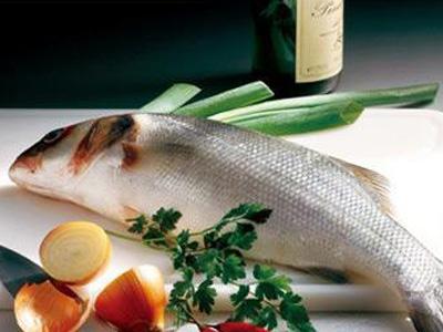 多吃这类鱼可预防结直肠癌