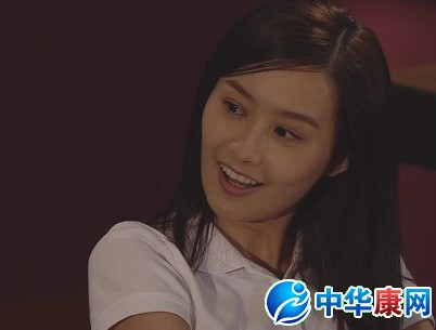 陈法拉是香港tvb当家花旦,现香港无线电台tvb最受欢迎的女艺人之一.