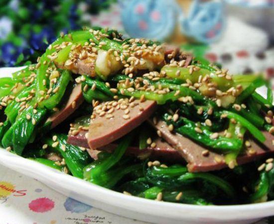 菠菜猪肝的做法
