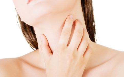 食道癌的症状及发病原因